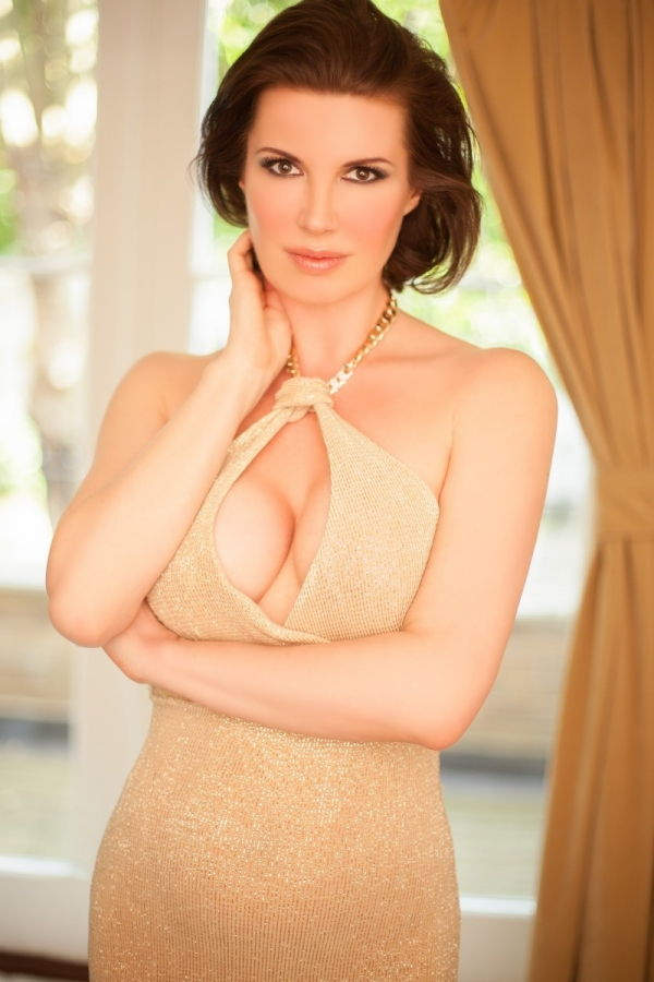 adult advertising adult girl Victoria
